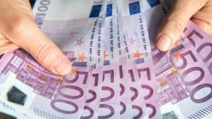 Bargeld-Nachfrage steigt auf Rekordwert von 1,1 Billionen Euro