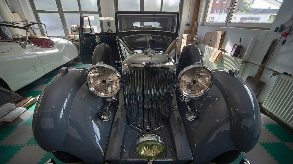 Auf Hochglanz: Dem Lagonda sieht man seine 90 Jahre nicht an.