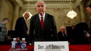 Trumps Justizminister verschwieg Kontakte zu Russland