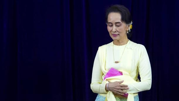 Aung San Suu Kyi soll vor Gericht