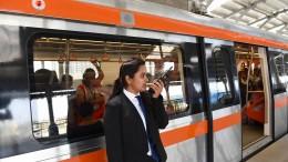 Kostenlos Bus und Bahn fahren für Frauen in Neu Delhi