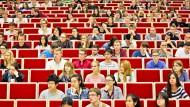 Viele Studenten, wenig Professoren: Die Betreuungsrelation ist eines der zentralen Probleme des deutschen Hochschulsystems