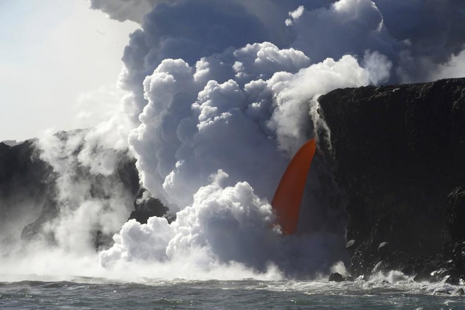 Der hawaiianische Vulkan Kilauea ist als einer der beiden jüngsten Vulkane der Hawaii-Kette noch heute aktiv, wie dieses im Januar 2017 aufgenommene Bild zeigt.