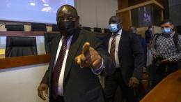 Warum hat Ramaphosa die Machenschaften nicht gestoppt?