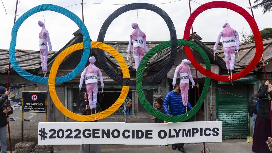 Eindeutige Botschaft: Protest von Exiltibetern gegen die Olympischen Spiele 2022