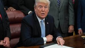 Trump-Brief zu Comeys Entlassung aufgetaucht