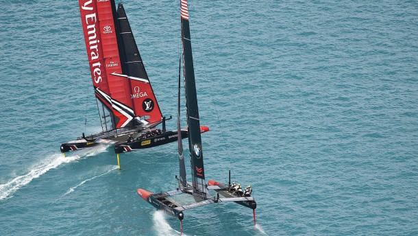 Neuseeland segelt am ersten Tag auf und davon