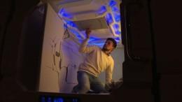 Futuristische Schlafboxen für müde Reisende