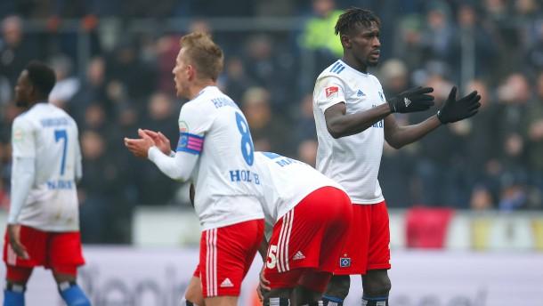 HSV verliert auf der Alm – Fürth geht unter
