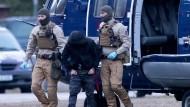 Nach Hinweis aus Großbritannien: ein Verdächtiger aus Dithmarschen