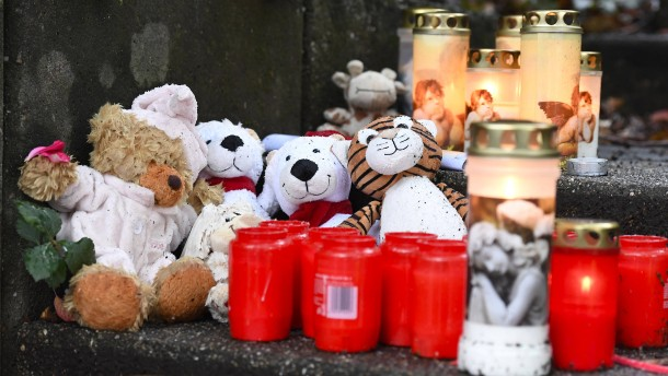 Junge Mutter aus Solingen erwartet Prozess im Juni