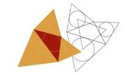 """""""Der Satz des Napoleon"""": Man betrachte ein Dreieck (dunkelbraune Fläche) und konstruiere über seinen Seiten drei gleichseitige Dreiecke (hellbraune Flächen). Dann ist das Dreieck, das deren geometrische Schwerpunkte bilden (weiße Linien), selbst gleichseitig."""