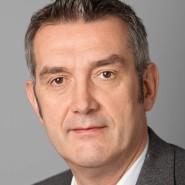 """Thomas Holl - Portraitaufnahme für das Blaue Buch """"Die Redaktion stellt sich vor"""" der Frankfurter Allgemeinen Zeitung"""