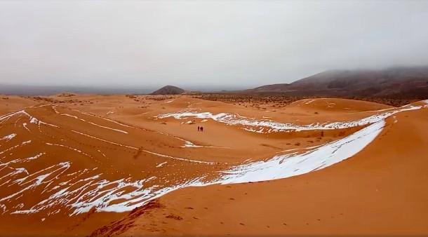 Algerien Schnee In Der Sahara