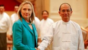Hillary Clinton trifft Burmas Präsidenten