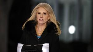 Ethikbehörde fordert Ermittlungen gegen Trump-Beraterin Conway