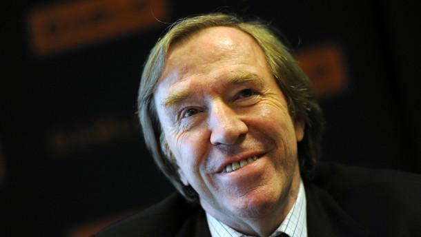 Günter Netzer am Herzen operiert