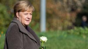 Merkel besucht Gedenkort für NSU-Opfer in Zwickau