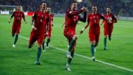 Mit 6:0 besiegt der Europameister den Fußballzwerg Andorra.