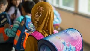Gefordertes Kopftuchverbot für junge Mädchen bleibt umstritten