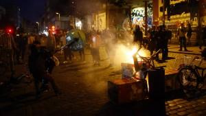 Auf der Schanze brennen die Barrikaden