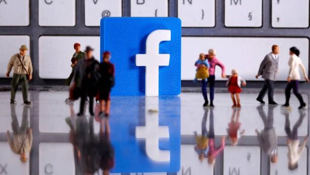 Facebook löscht Werbung Trumps wegen Verwendung von Nazi-Symbol