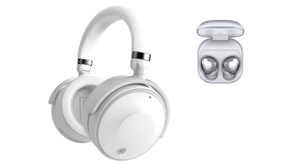 Welcher Hörer darf's denn sein? Einen ohrumschließenden von Yamaha oder einen für ins Ohr von Samsung?