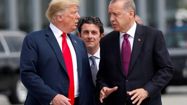 Trump ordnet Verdoppelung der Zölle gegen die Türkei an