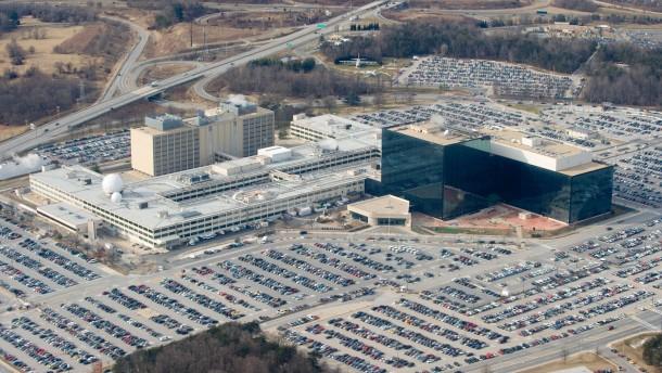 1.000 Hacker infizierten 50.000 Computer-Netzwerke für NSA