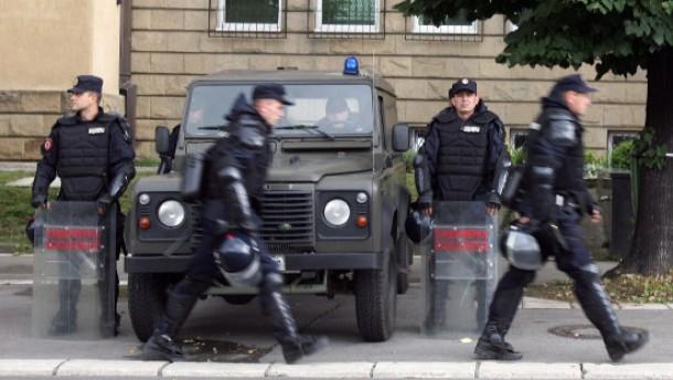 Serbien sichert Auslieferung zu