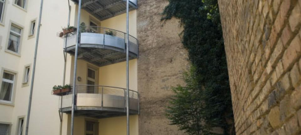 Balkon Schrebergarten In Luftiger Hohe Haus Faz