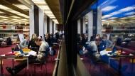 Selbstdisziplinierung im Kollektiv: Lange Nacht der aufgeschobenen Hausarbeiten an der Universität Hamburg