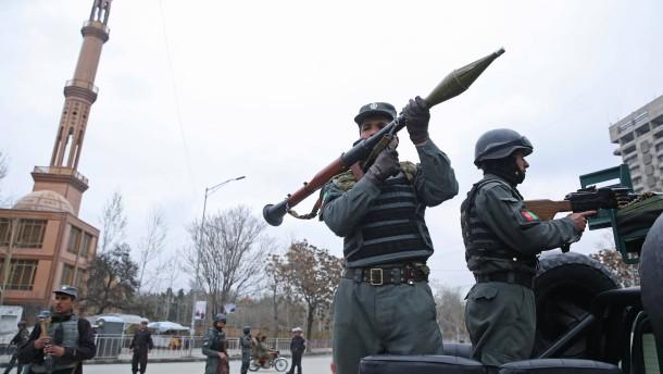 Afghanen brauchen Mut, um wählen zu gehen
