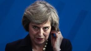 Theresa May: Wie eine Wölfin im Staatspelz