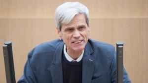 """AfD-Politiker nennt rechtsextremistischen Terror """"Vogelschiss"""""""