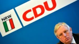 Laumann fordert Konzept vor dem 1. Mai