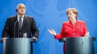 Merkel plädiert für enge Kontakte zu Türkei