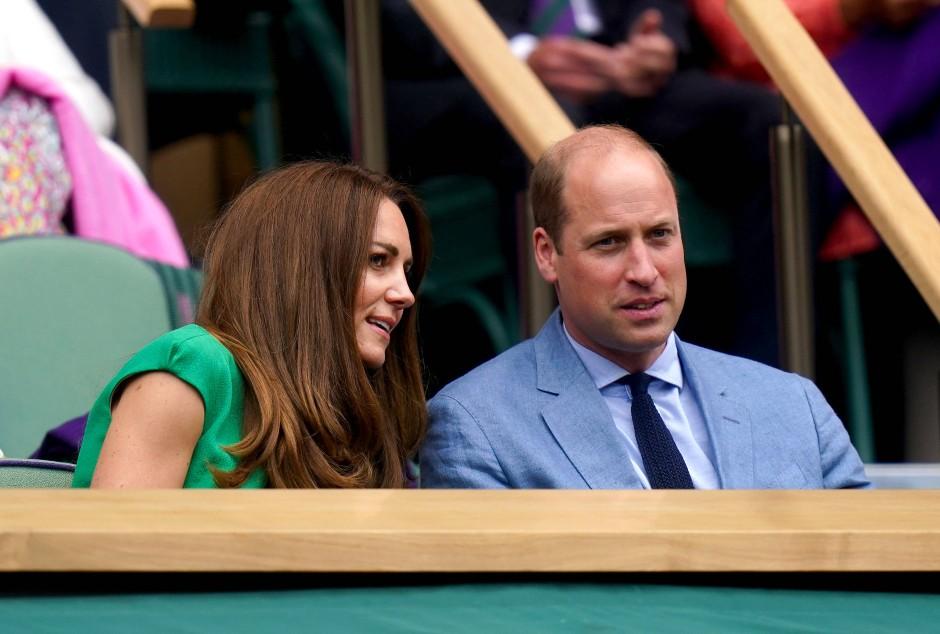 Wer erkennt, was sie sagen? Kate und William in Wimbledon