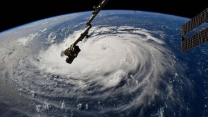 Hurrikan steuert auf amerikanische Südostküste zu