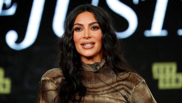 Athena von Kardashian