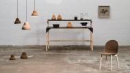 Designer fertigen Stühle und Lampen aus Seetang