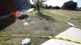 US-Militärflugzeug stürzt in Wohngebiet