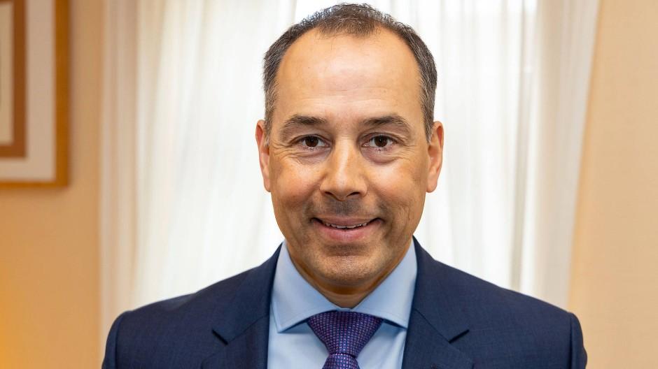 Schlägt den städtischen Gremien nun vor, der Gläubigergemeinschaft beizutreten: Eschborns Bürgermeister Adnan Shaikh