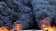 Sorgt für kaum mehr als ein Achselzucken: Das größte Öllager Libyens brennt