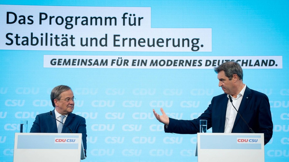 Der CDU-Vorsitzende Armin Laschet und der CSU-Vorsitzende Markus Söder bei der Pressekonferenz zum gemeinsamen Wahlprogramm am Montag in Berlin