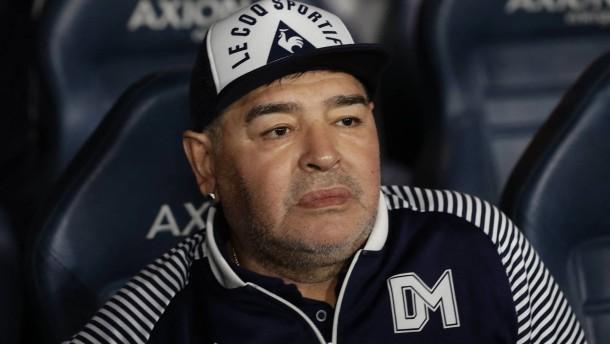 Gutachter bescheinigen Maradonas Ärzten schwere Versäumnisse