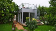Stahlwürfel mit Dachterrasse: Singlehaus von Sascha Haas