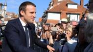 Macrons Partei vor absoluter Mehrheit bei Parlamentswahl