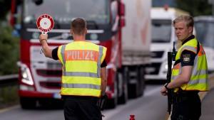 Kurz will auf Seehofer-Plan mit Grenzkontrollen reagieren
