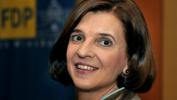 Dagmar Döring - Die Wiesbadener FDP stellt im Hotel Oranien ihre Bundestagskandidatin auf